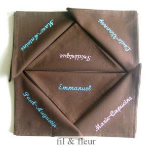serviettes personnalisees