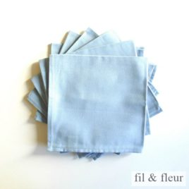 serviettes table bleu ciel